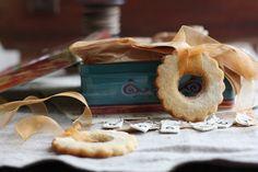 Lemon Almond Cookie Wreaths