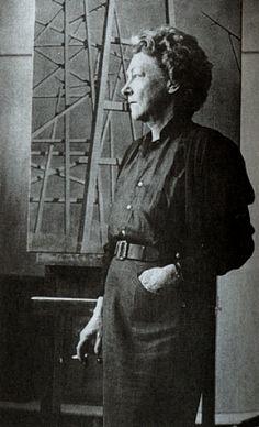SURREALIST WOMEN IN THEIR STUDIOS: Kay Sage