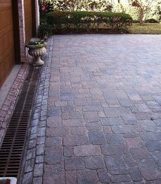 Paver driveway with #drainage #channel
