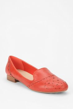 Embossed #urbanoutfitters #loafer