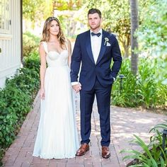 Congrats to this good-looking couple! #thewinkles! We love how our sweet bride @christinebarraco customized her @tatyanamerenyuk gown!  Wishing you all the happiness in the world. PC: @ryangarvin #realloveandlacebride #tatyanamerenyuk #loveandlace #belmondelencanto