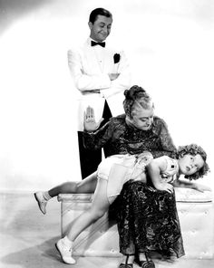 Little Shirley Temple's dress is raised for a spanking across her underpants. A posed publicity photograph. Little Girl Models, Cute Little Girls, Shirly Temple, Girl Spanked, Pedobear, Temple Dress, Sophia Loren Images, Child Actors, Women In History