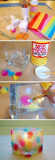 gläser mit buntem papierblumen verzieren, kleber, schere