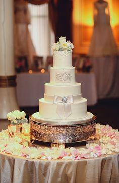 Cathy + Reza | Pearl Events Austin | The Driskill | Wedding Cake