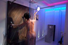 Konzept Interior-Design Lifestyle Private Spa: Badarchitektur mit Lichtwand vom Designer Torsten ...