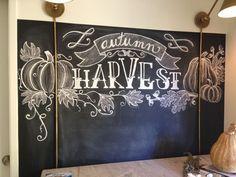 Fall Chalkboard Art, Thanksgiving Chalkboard, Blackboard Art, Chalkboard Writing, Chalkboard Drawings, Chalkboard Lettering, Chalkboard Designs, Chalkboard Ideas, Chalkboard Doodles
