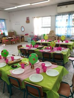 Table Decorations, Chair, Furniture, Home Decor, Decoration Home, Room Decor, Home Furnishings, Stool, Home Interior Design