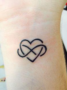 tatuagem coração - Pesquisa Google