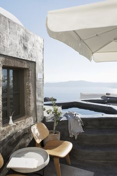 Sophia Suites in Santorini - A design Boutique Hotel photographed by Sara Medina Lind Via Outdoor Spaces, Outdoor Living, Outdoor Decor, Exterior Design, Interior And Exterior, Scandinavian Home, Eames, House Design, Villa Design