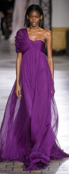 Giambattista Valli Spring-summer 2018 - Couture - http://www.orientpalms.com/Giambattista-Valli-7016 - ©ImaxTree