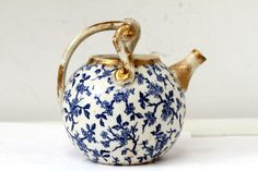 Antique Chinese Japanese  Tea Pot Blue White gilded Porcelain Rare Handle Teapot #ebaycollections