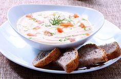 La ricetta della crema di patate con yogurt e salmone di Monica Bianchessi, che suggerisce di accompagnarla con qualche fetta di fragrante pane di segale. http://www.alice.tv/ricette-cucina/minestre-zuppe/crema-patate-yogurt-salmone