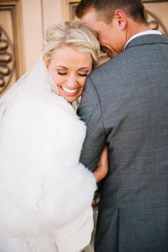 bountiful temple wedding photo by Brooke Schultz http://brookeschultzphotography.com
