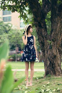 Korea fashion cherry fruit printed pleated bow sling dress