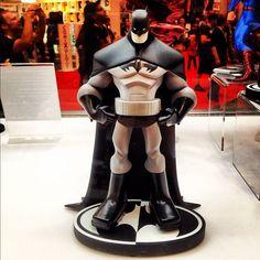 Batman: Black & White statue by Sean Galloway, in EddyChoi's New York Comic Con 2012 - Photos Comic Art Gallery Room - 949977