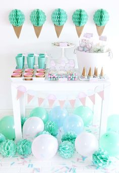 Ice Cream Party - Mint Green, Aqua, and Light Pink Party Green Ice Cream, Ice Cream Theme, Diy Ice Cream, Ice Cream Party, Sundae Party, Party Kulissen, Party Ideas, Pink Parties, Birthday Parties