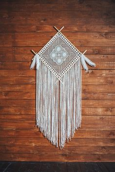 This beautiful dream catcher decor will make a perfect statement wall art for your boho wedding or bohemian home. Add it anywhere where you would like to add character and warmth. This white crochet dreamcatcher can also make a wonderful birthday gift. Dream Catcher Decor, Dream Catcher Nursery, Large Dream Catcher, Boho Bedroom Decor, Nursery Decor, Crochet Dreamcatcher, Macrame Art, Macrame Design, Art Mur