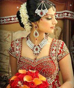 south-indian-bridal-hairstyles-5.jpg (591×707)