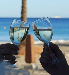a special toast for a wedding day, in Playa den Bossa, Ibiza, (ah! no photoshop)