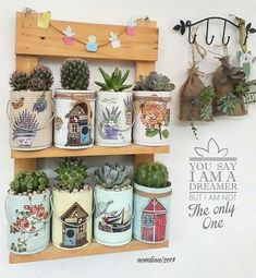 Recycle tin can. Looks like paper napkin Decoupage? Tin Can Crafts, Diy And Crafts, Arts And Crafts, Crafts With Tin Cans, Recycled Tin Cans, Recycled Crafts, Decoupage Tins, Napkin Decoupage, Tin Can Art