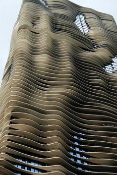 chicago's aqua tower