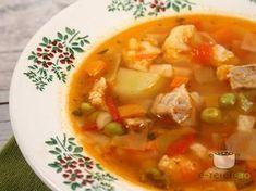 1 kg carne (de porc), 1 ceapa mare (cca 100 gr),. Romanian Food, Romanian Recipes, Good Food, Yummy Food, Recipe Mix, 100 Calories, Daily Meals, International Recipes, Lidl