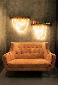 Design Hotel, Bühnen Design, House Design, Led Neon, Home Interior Design, Interior Decorating, Mesa Home Office, Architecture Restaurant, Wall Mounted Lamps