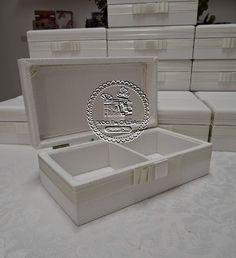 Casamento de Adriane e Octávio - Caixas Padrinhos(0134P CAS) para Gravata e Aromatizador Ambientes com Flores Difusoras em Tecido Linha Toscana (120ml) - Tudo em Caixas