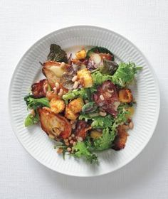 Hearty Greens Salad with Bacon, Roasted Pears, and Corn Bread Croutons