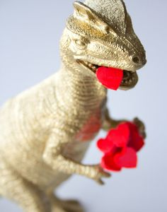 Gold V-Day Dinosaur | Lovely Indeed