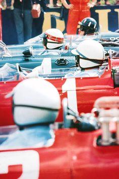 Graham Hill, Jackie Stewart, John Surtees, Lorenzo Bandini. Silverstone - 1965.