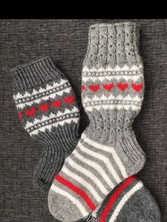 Sukat Knitted Slippers, Knitted Gloves, Knitting Socks, Knitting Help, Knitting For Kids, Baby Knitting, Knitting Designs, Knitting Projects, Socks
