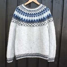 Fair Isle Knitting Patterns, Knitting Paterns, Icelandic Sweaters, Crochet Poncho, Diy Clothes, Mittens, Winter Fashion, How To Make, Outfits