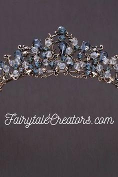 Hand Jewelry, Royal Jewelry, Cute Jewelry, Gemstone Jewelry, Vintage Jewelry, Wedding Tiara Veil, Bridal Tiara, Purple Acrylic Nails, Fairy Tale Costumes