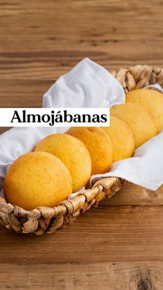 Colombian Food, Tostadas, Cornbread, Waffles, Instagram, Ethnic Recipes, Muffins, Colombian Recipes, Muffin
