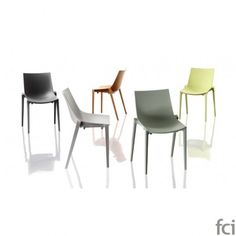 Zartan Stacking #DiningChair by #Magis. Showroom open 7 days a week.  #fcilondon #furniture_showroom_london #furniture_stores_london #Modern_DiningChair #Magis_furniture #Magis_Interior_DiningChair #OutdoorUse
