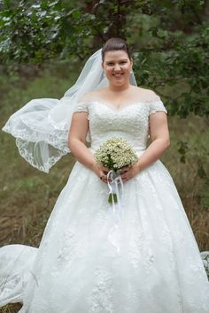 Markéta + Jan - Couple Memory Lace Wedding, Wedding Dresses, Memories, Couples, Fashion, Bride Dresses, Memoirs, Moda, Bridal Gowns