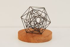 Peter Trevelyan's delicate sculptures are all made from .5 mm pencil lead - via jeanniejeannie