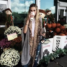 Boho Street Style Inspiration: Oversized Open Draped Cardigan + Scarf Fall Look #johnnywas