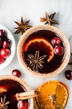 Spiced Cranberry Hot Toddy SAVE FOR LATER! This delicious Cranberry Hot Toddy recipe is lightly spiced with winter spices like cinnamon, cloves, ginger, and orange. If you like mulled wine, you will LOVE this toddy recipe. Winter Drinks, Holiday Drinks, Winter Food, Fall Recipes, Wine Recipes, Gourmet Recipes, Party Platters, Warm Cocktails, Fall Inspiration