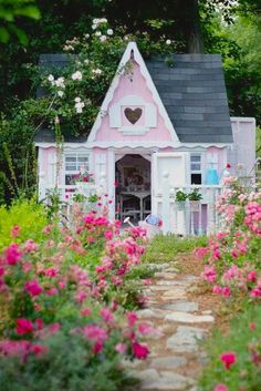 """""""She Sheds"""" a home for her soul just slightly away from home. Women's response…"""