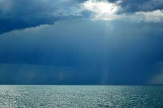Platja de Riu. Tormenta en el mar.ALTEA