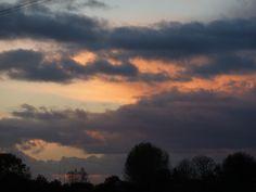 '... de herfst heeft patent op mooie luchten...'