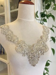 Super Luxury Rhinestone Applique Crystal NeckLine by Retrolace Pearl Beads, Crystal Beads, Clear Crystal, Wedding Earrings, Wedding Jewelry, Beaded Wedding Gowns, Rhinestone Appliques, Wedding Dress Accessories, Seed Bead Necklace