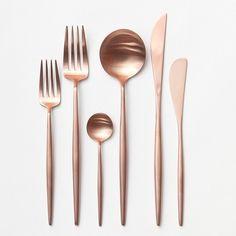 Rose Gold Flatware // Casa de Perrin