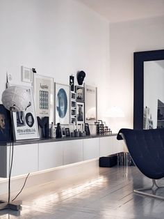 33 Ways To Use IKEA Besta Units In Home Décor - DigsDigs. Lit from underneath, adds light and life to the room.