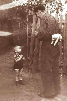 1 A Few Seconds Before Happiness, 1955