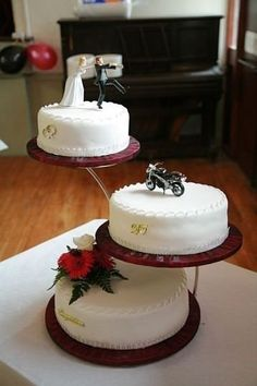 Biker Wedding Cake...concept is there, but still not my style