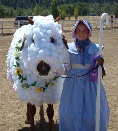Horse Little Bo Peep sheep costume for Halloween Horse Halloween Costumes, Sheep Costumes, Pet Costumes, Cool Costumes, Costume Ideas, Costume Contest, Horse Halloween Ideas, Animal Costumes, Pony Party