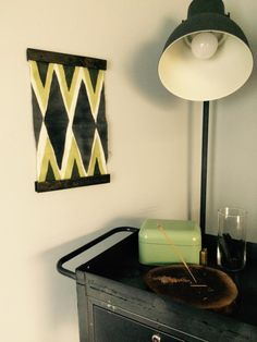 Want a simple way to display your favorite artwork? This tutorial uses upcycled wood scraps to make a minimalist magnetic frame!